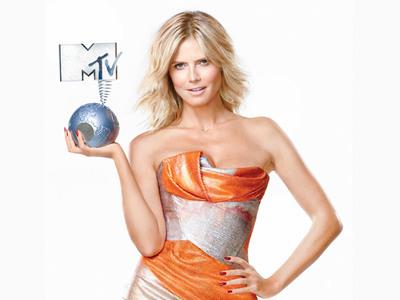 A Apresentadora dos MTV EMA de 2012 é a... Heidi Klum!